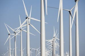 wind turbines set new electricity generation record in texas