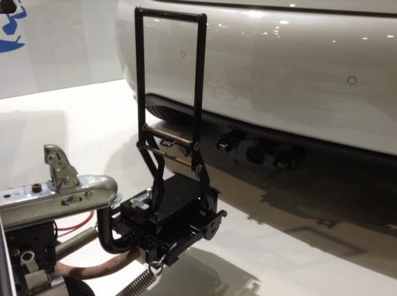 EP Tender trailer hitch