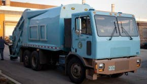 Motiv Power Systems Chicago electric garbage truck