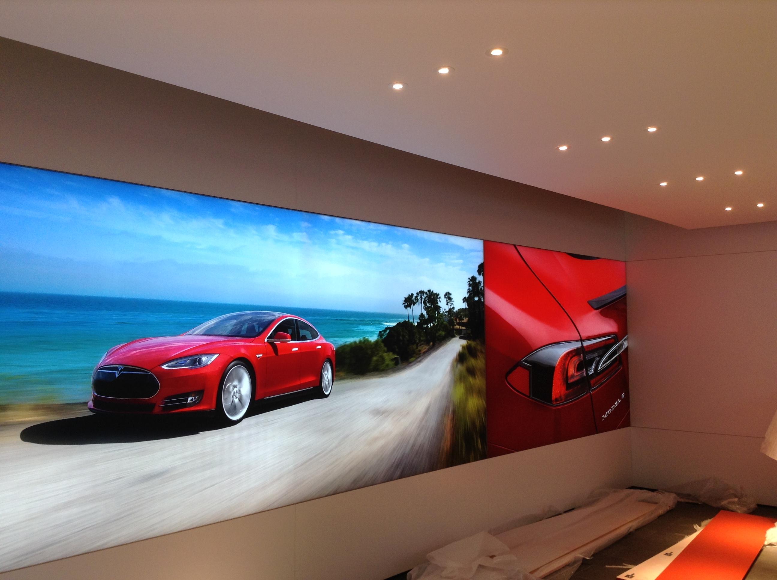Tesla Berlin store