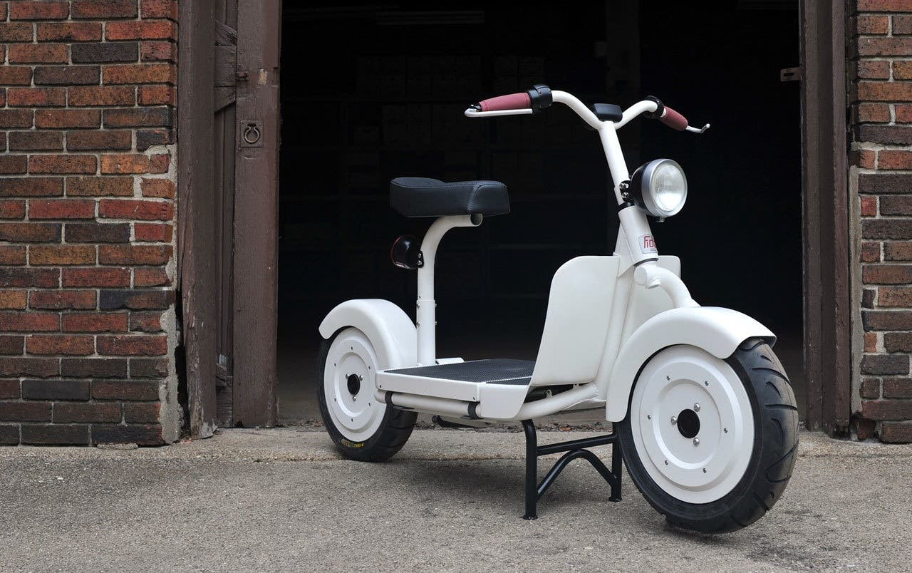 Fido Electric Scooter -- Purity In The Basic Essentials ...