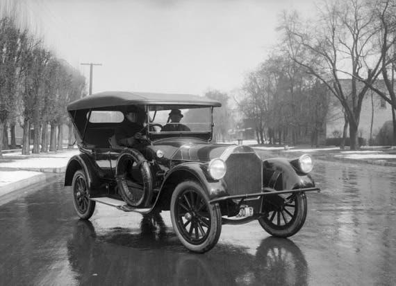 Pierce arrow automobile