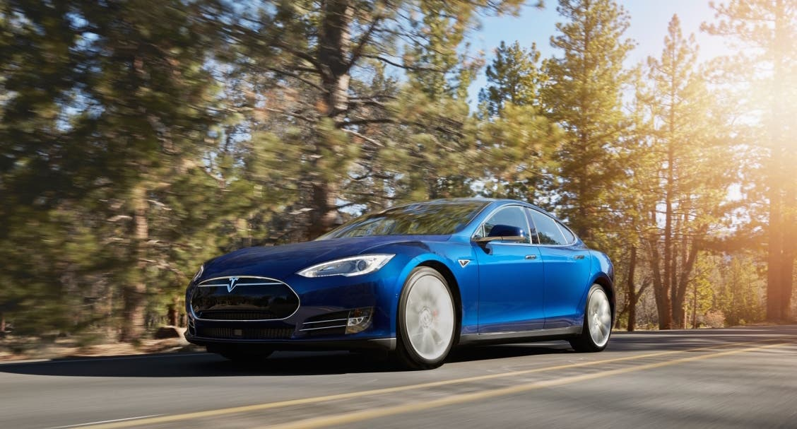 Tesla Launches All Wheel Drive Model S 70d Amp 3 New Colors