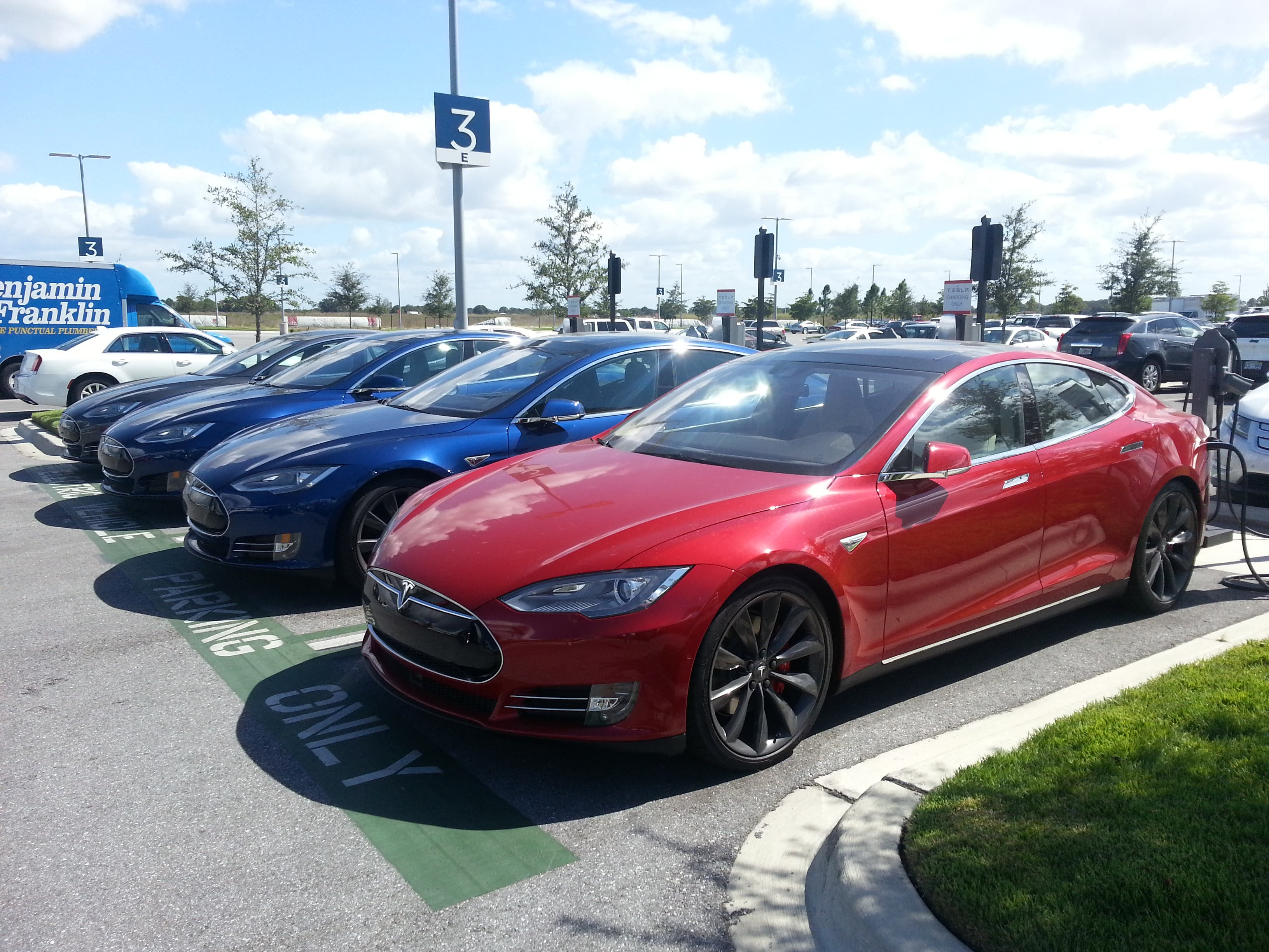 Bmw I3 Vs Tesla Model S The Dilemma Continues