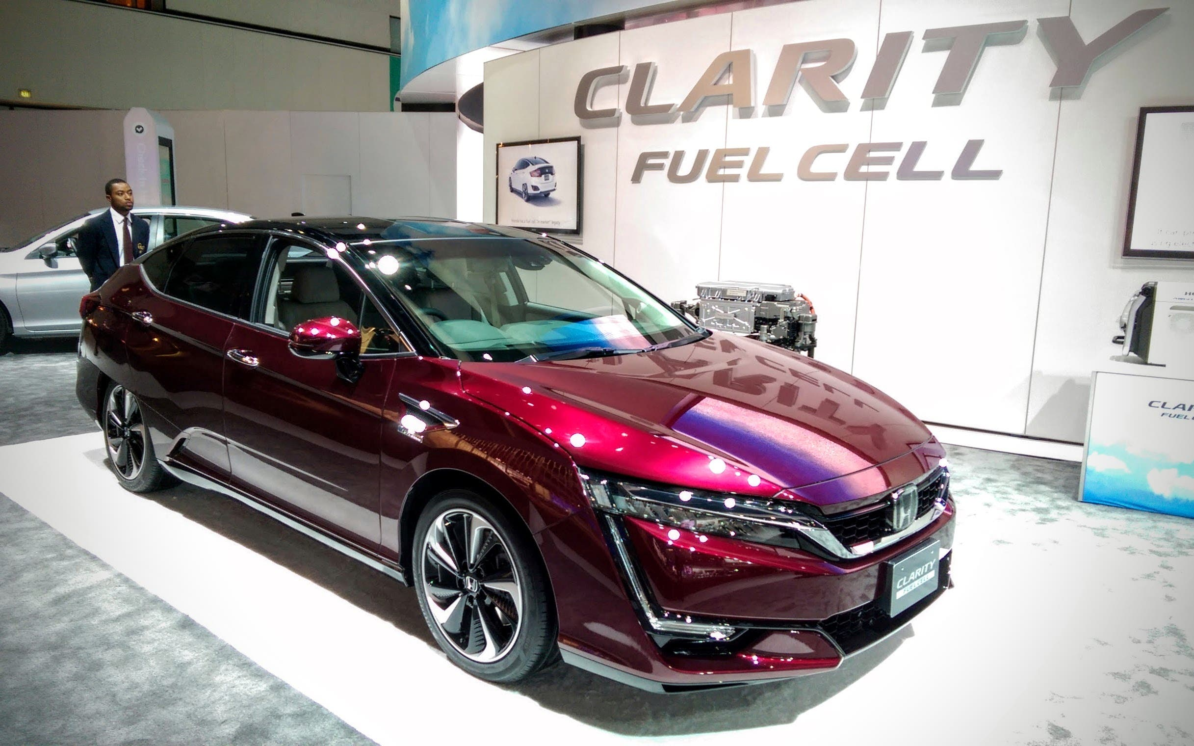 New Fuel Cell Vehicles Come Up Short | CleanTechnica