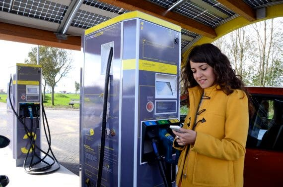 electric-project-tent-t-fastned-knorrestein-nl-full