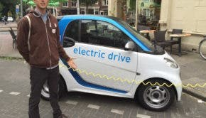 electric-smart-car-car2go-charging-netherlands