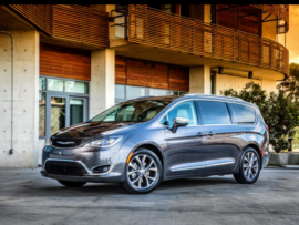 2017-chrysler-pacifica-plug-in-hybrid-minivan