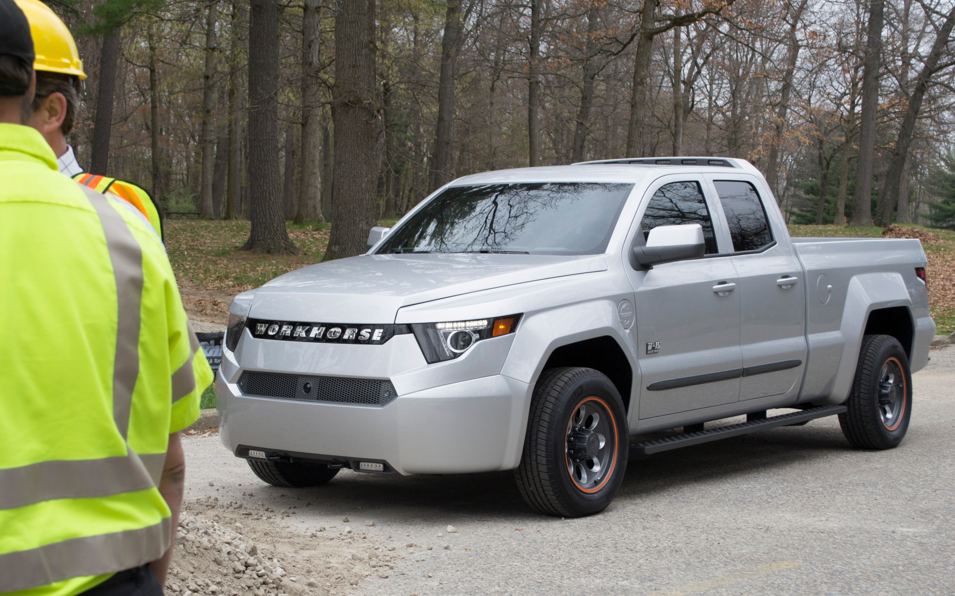 The Electric Truck Has 80 Miles Of All Range Aer Paired With A Gasoline Ed Bmw Extender To Enable Total 390 On Full