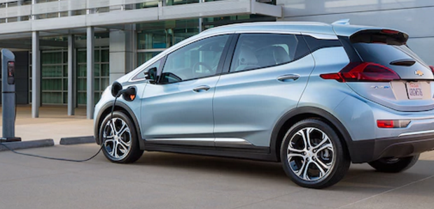 Chevy-Bolt-Charging-station