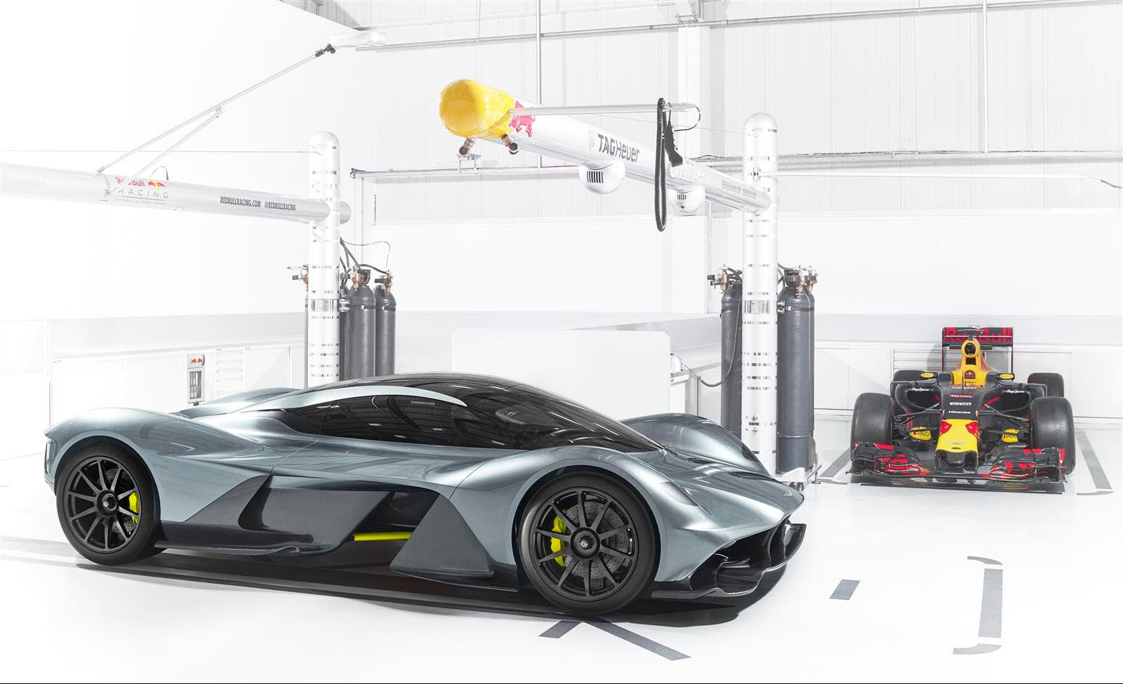 Aston Martin Valkyrie Hybrid Is Exotic First For Company | CleanTechnica