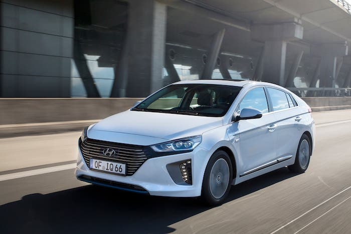 The 2018 Hyundai Ioniq Phev Has Been Granted A Us Epa Combined Fuel Energy Efficiency Rating Of 119 Mpge 52 Mile Gas Petrol Only