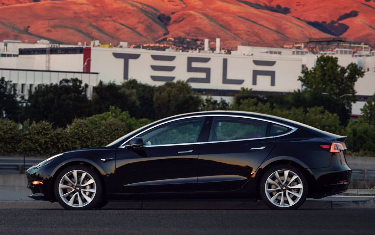 Model 3 Sn1 Was Originally Scheduled To Go Tesla Board Member Ira Ehrenpreis Who The First Person Officially Reserve One Last Spring