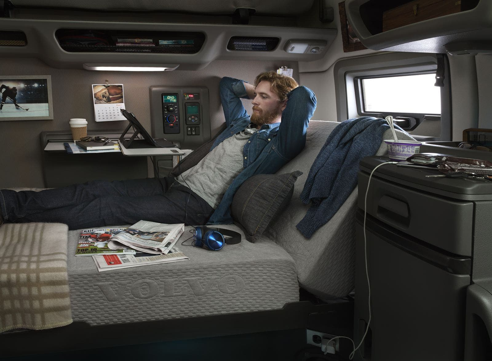 Automatic Semi Truck >> News Volvo VNL Semi Trucks Feature Numerous Self-Driving & Safety Features | CleanTechnica