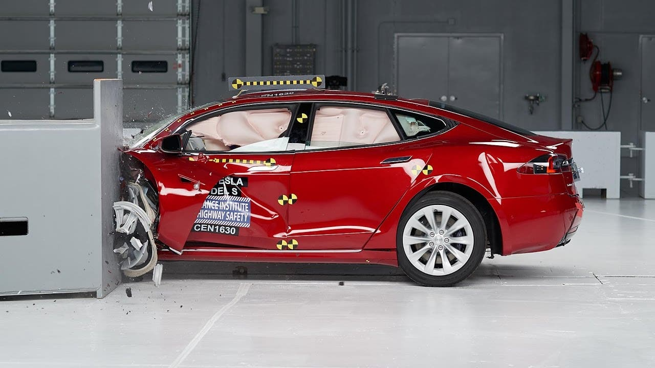 tesla stock drops on production worries crash test woes cleantechnica. Black Bedroom Furniture Sets. Home Design Ideas
