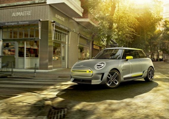 MINI Survey Shows Many Electric Car Customers Are Dazed & Confused About EVs