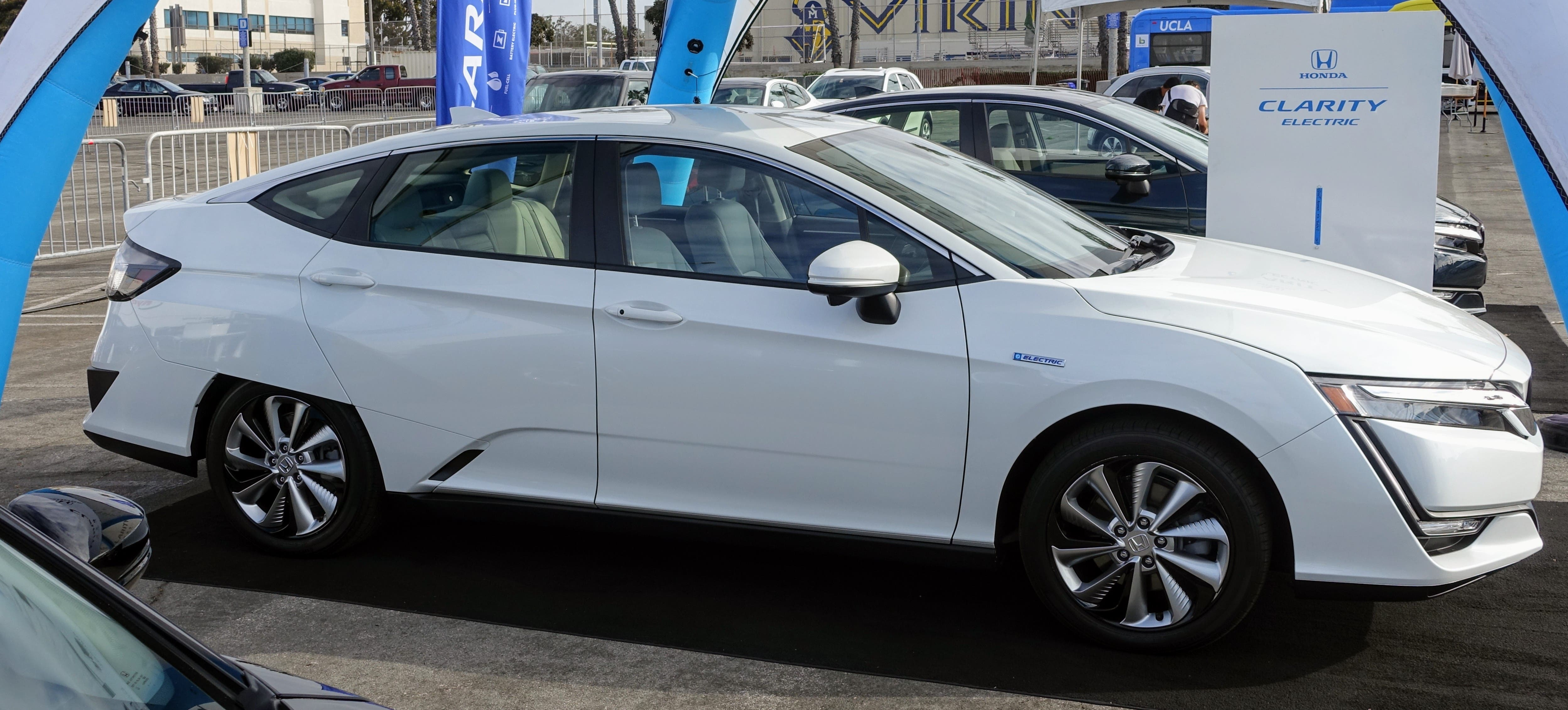 Santa Monica Alt Car Expo Brings EVs To The People ... on