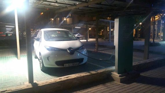 Renault Zoe 40 charges at The Sustainable City