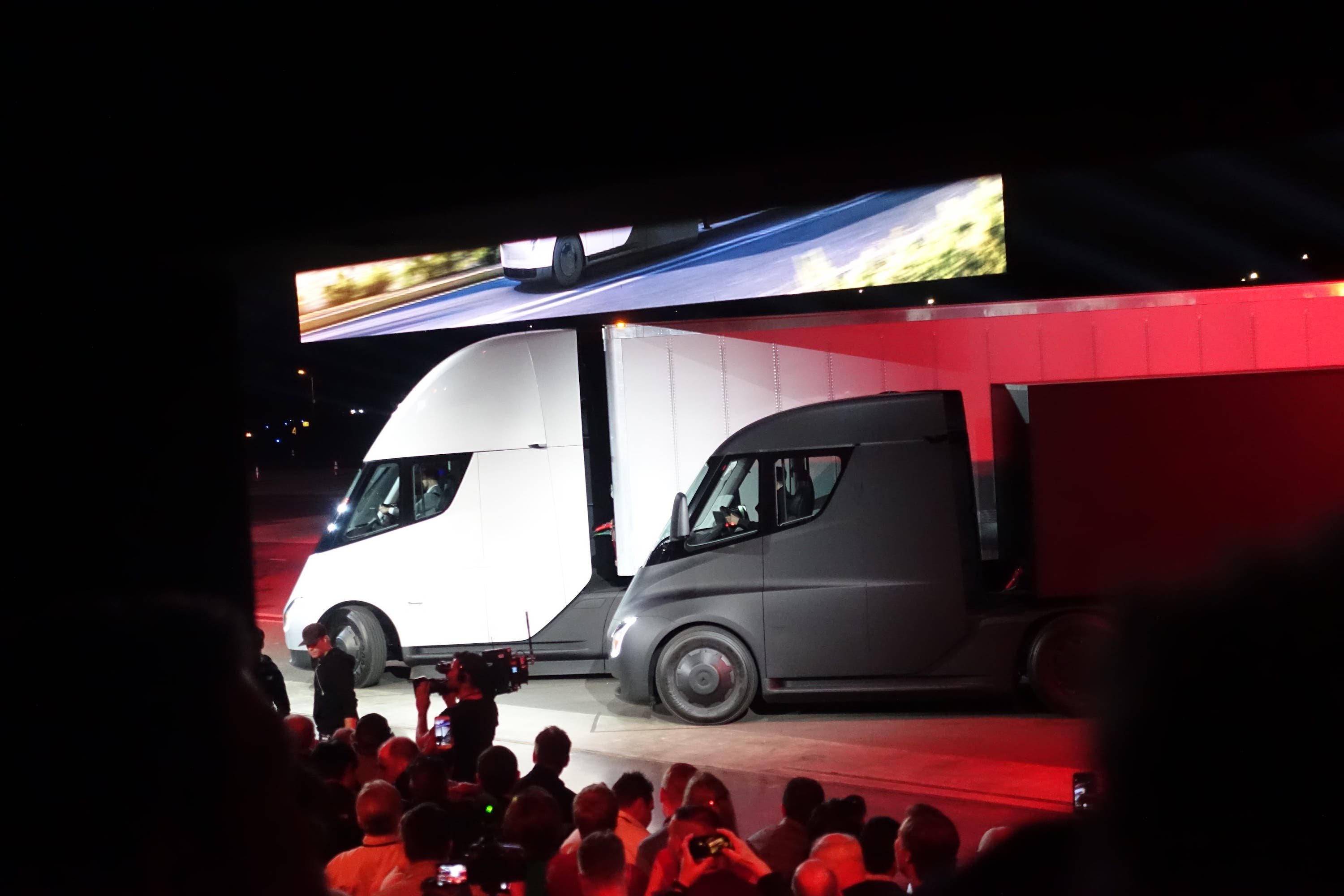 How Much Does The Tesla Semi Weigh? | CleanTechnica