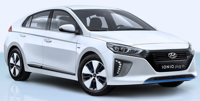 In Fifth Place We Have The 2018 Hyundai Ioniq Phev Which Manages To Achieve A Us Epa Fuel Efficiency Rating Of 52 Mpg When Battery Pack Is Fully