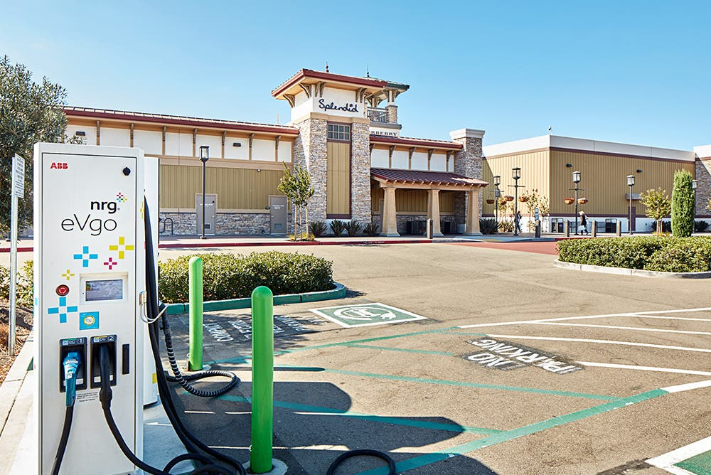 Factory Outlet Malls: One Of The Keys To Building Out Interstate EV Charging Infrastructure (CleanTechnica Exclusive)
