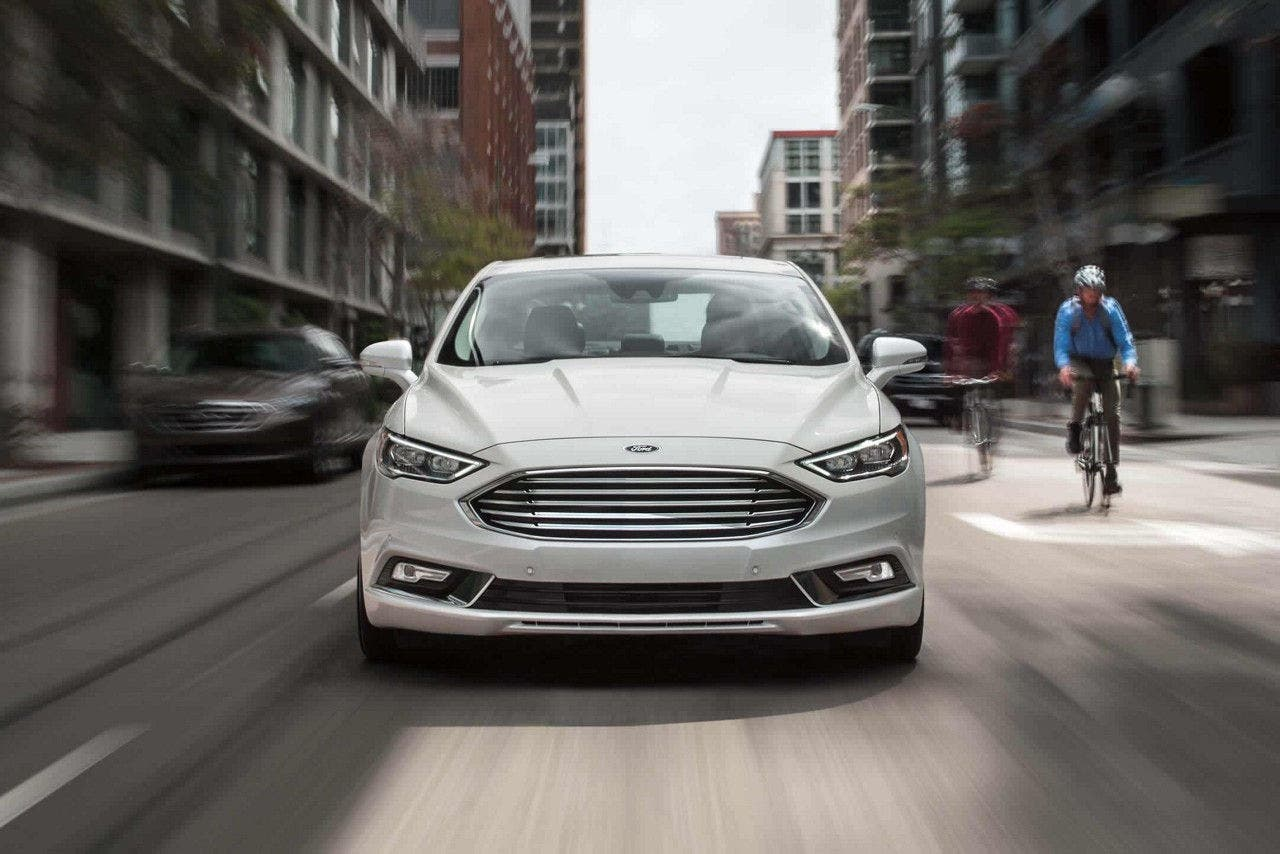 The 2018 Ford Fusion Energi Phev Features A 97 Mpge Combined Fuel Energy Efficiency Rating From Us Epa 42 Mpg Gas Petrol System