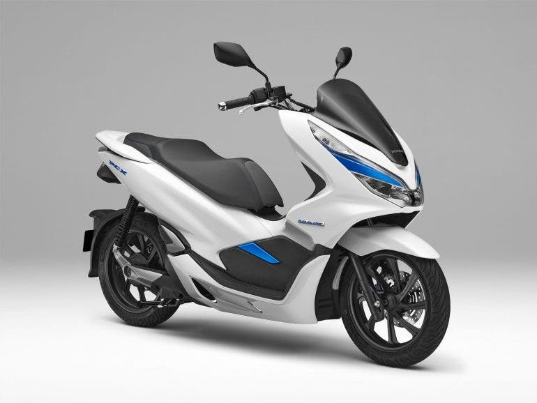 Honda Pcx Electric Scooter Uses Battery Swing