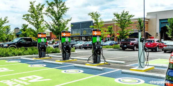ChargePoint-retail-parking-lot Charging station