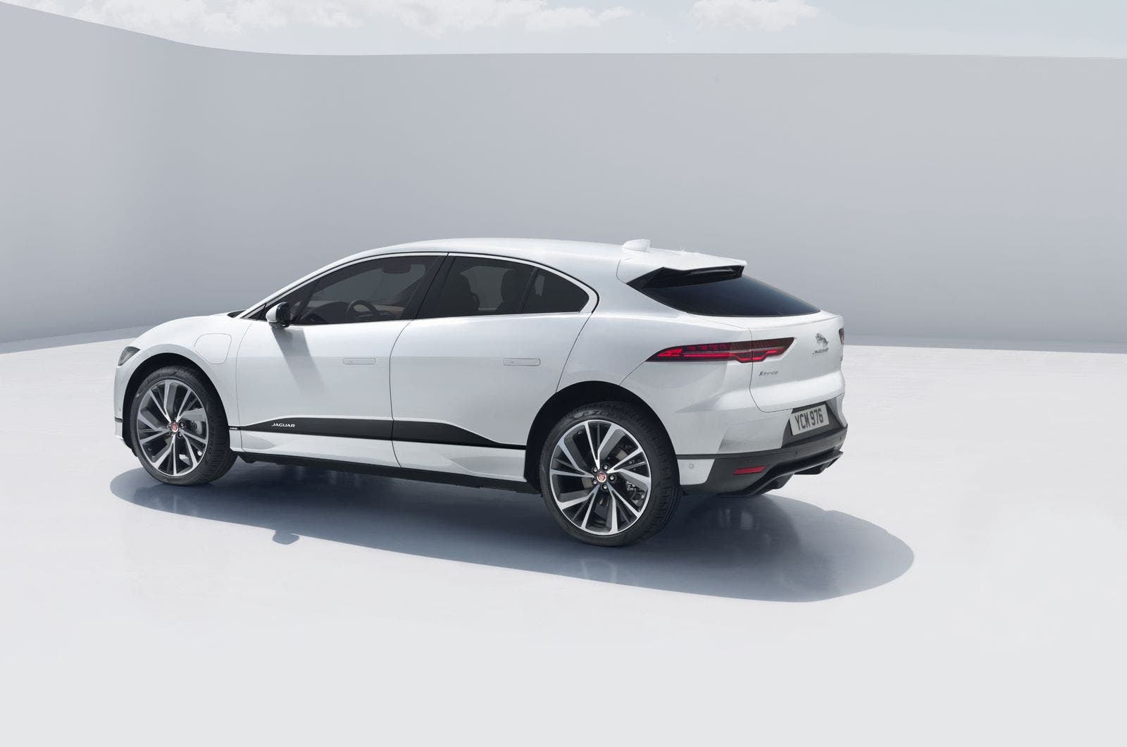 Jaguar Has Announced Its I Pace Electric All Wheel Drive Sport Utility Will Be Priced From 69 500 In The Us As Usual Federal State And Local Incentives