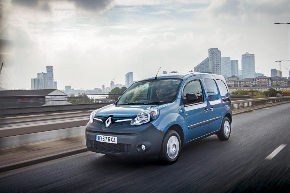 f995d2d24cbb2b The Master Z.E. – an all-electric version of Renault s large panel van –  will join the line-up towards the end of the year.