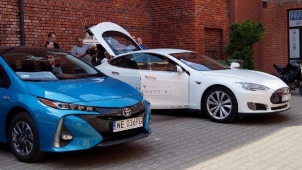 photo of Carmakers Betray Their Customers With Outdated Plugin Hybrids image
