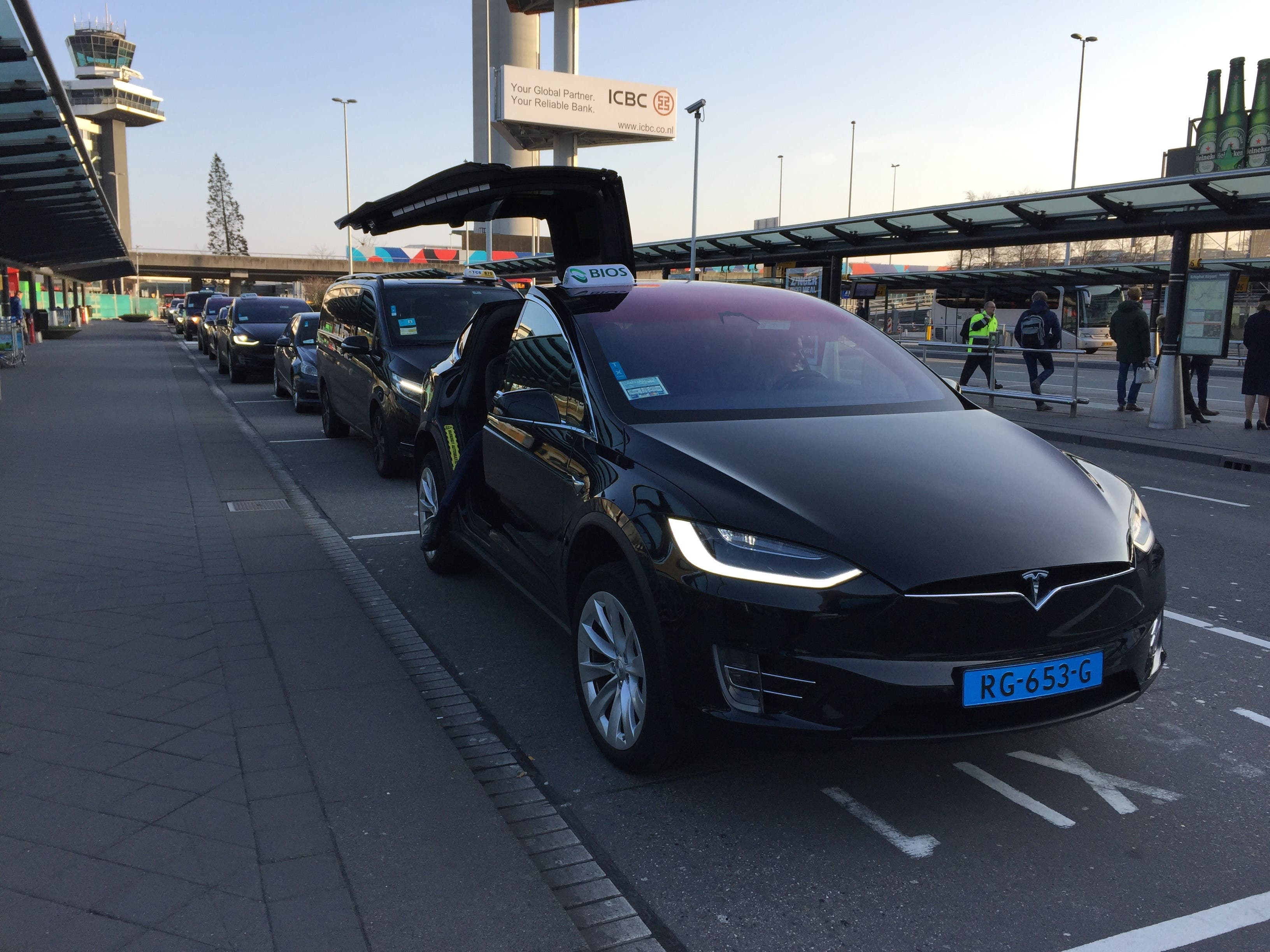 In 2018 24 024 Fully Electric Vehicles Were Sold The Netherlands Three Times As Many 2017 According To Figures From Industry Ociations Rai