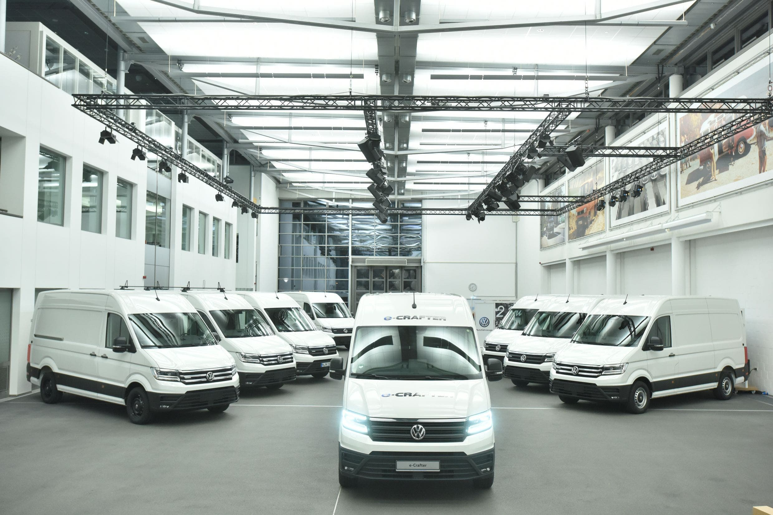 a91da154dc Volkswagen eCrafter Electric Van To Make UK Debut At Commercial ...