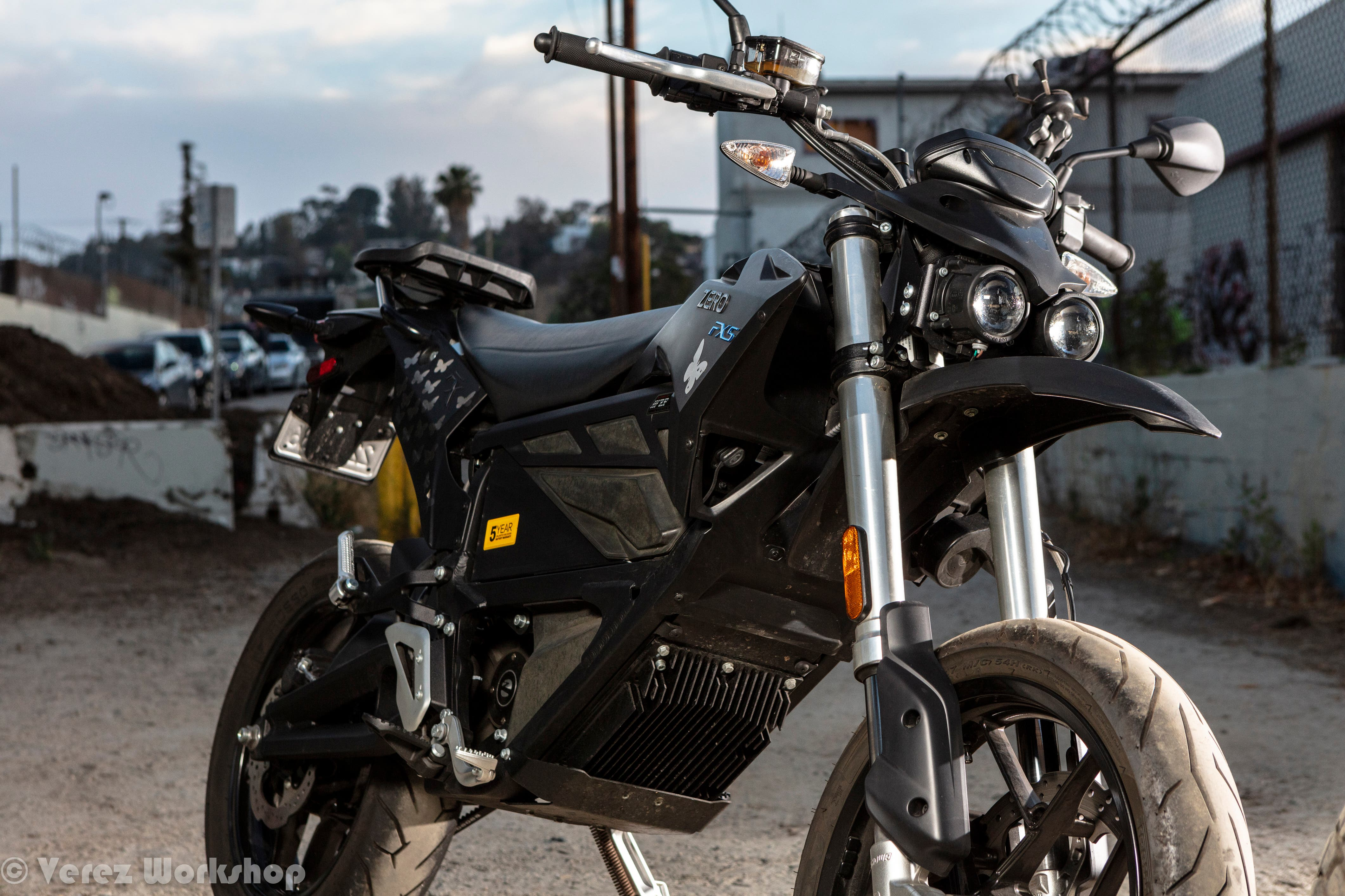 2018 Zero FXS Review | The Ultimate Urban Assault Vehicle