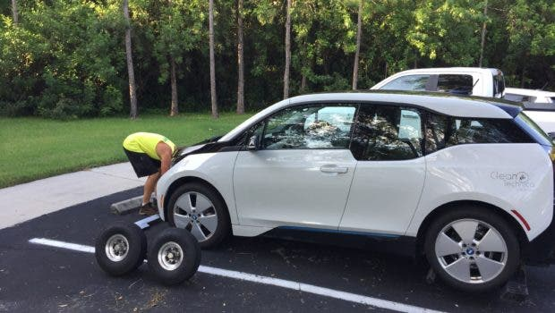 Our BMW i3's First Trip To The BMW Service Center | CleanTechnica