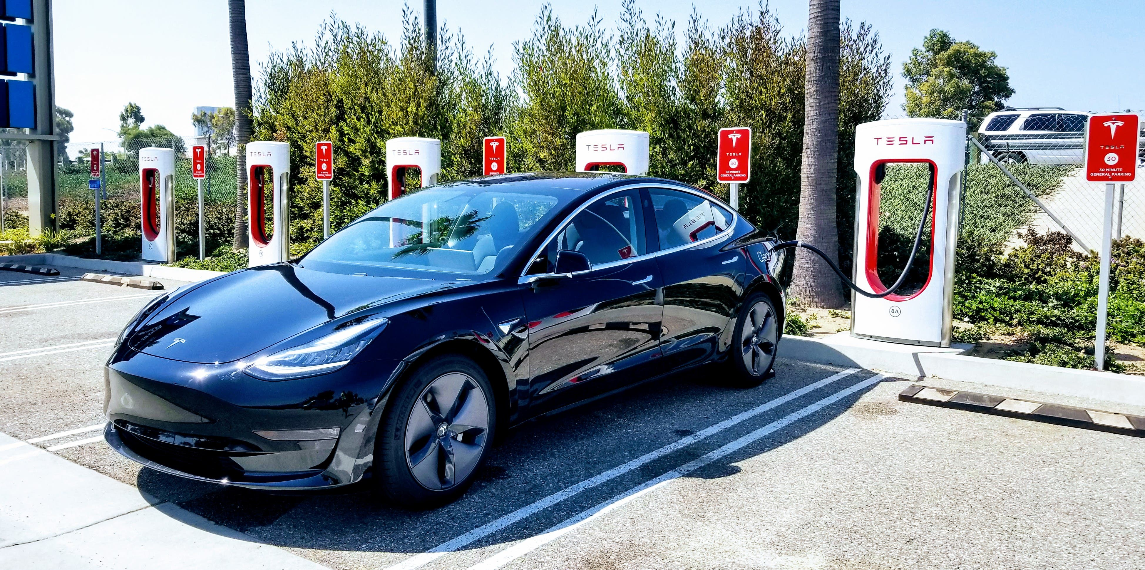 Tesla Model 3 Costs Vs 10 Best Ing Cars In The Usa