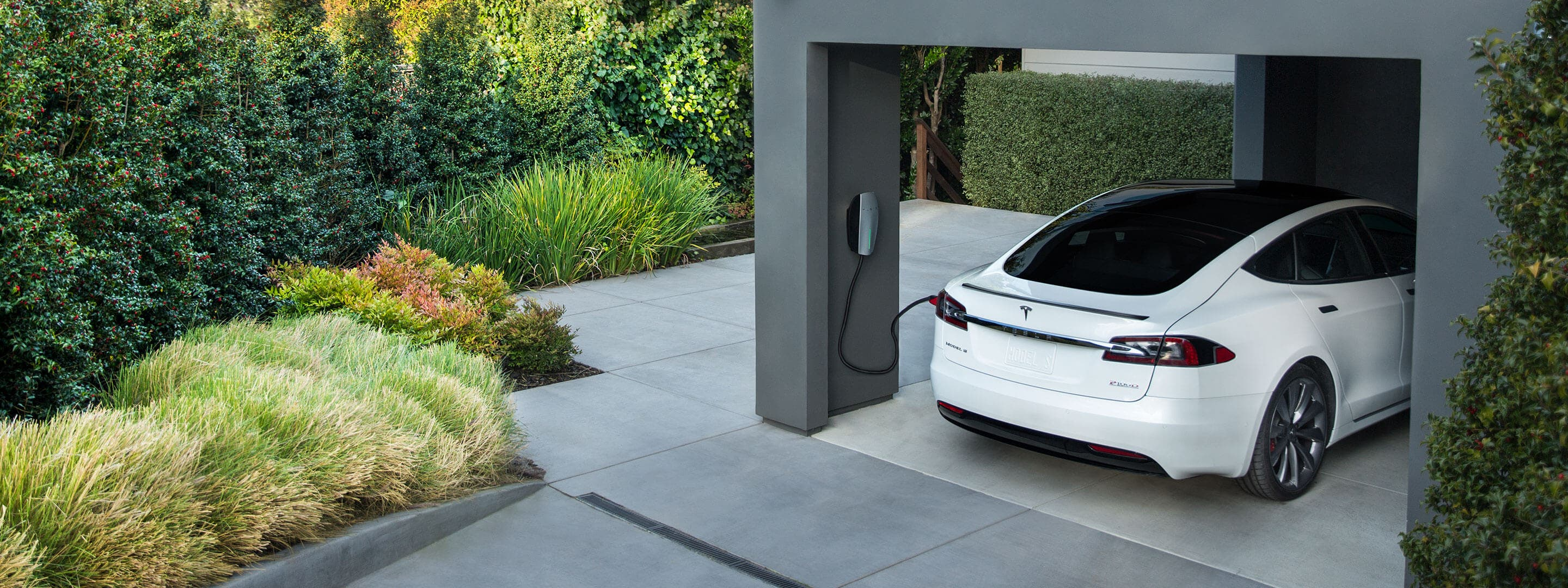 Tesla Owner Hacks The Tesla Wall Connector To Charge On
