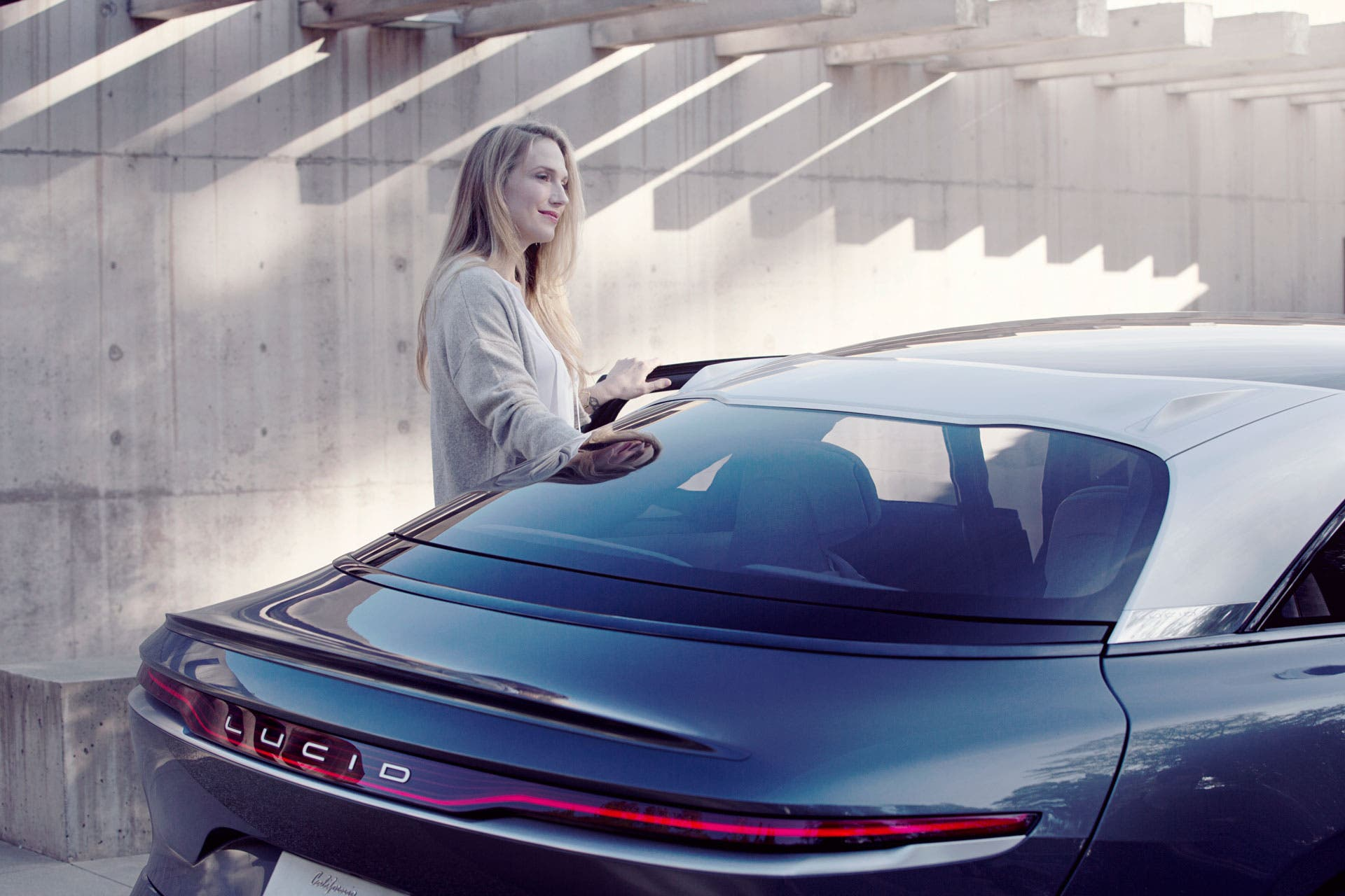 Lucid Air to use Electrify America charging network