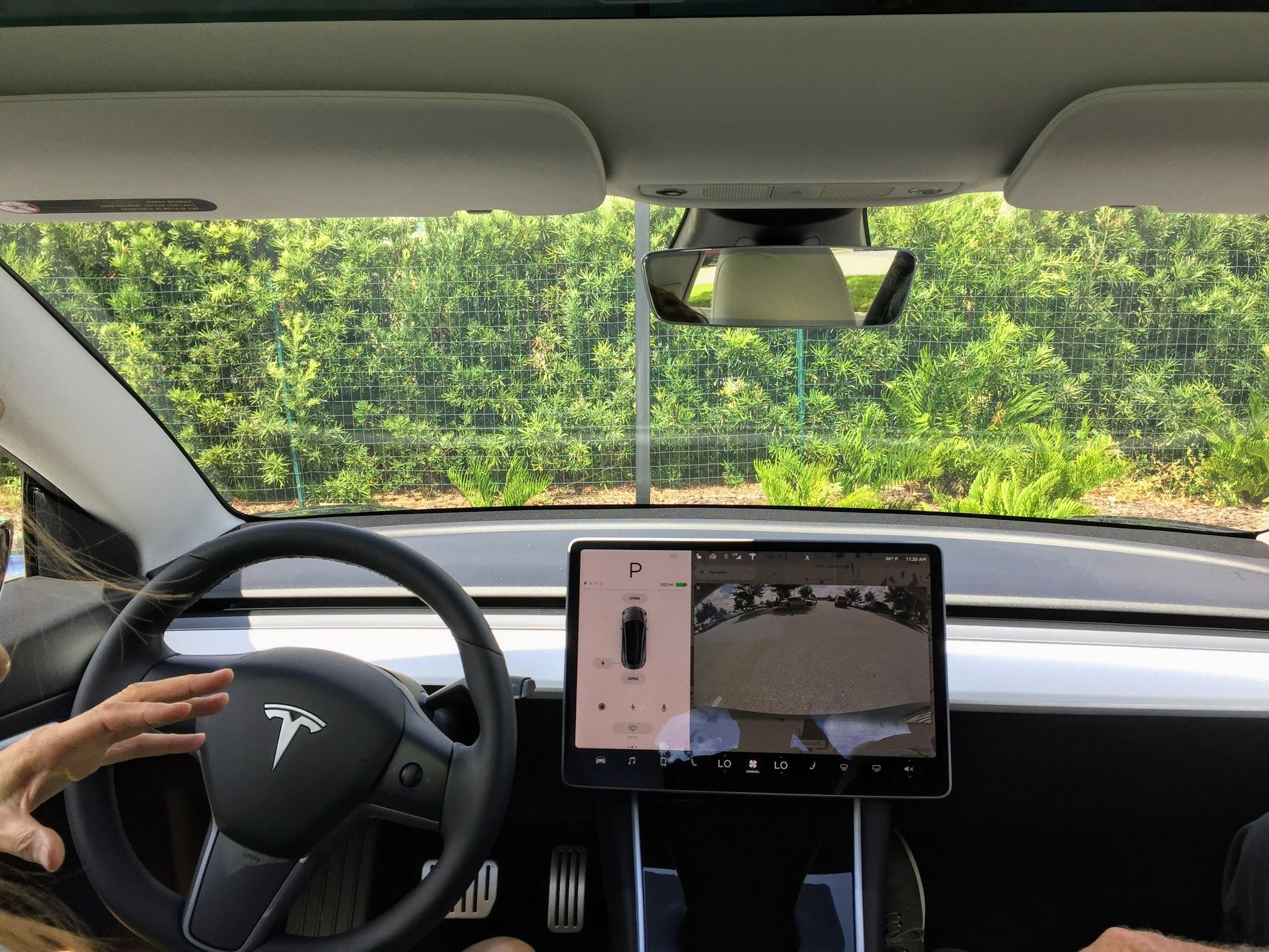 Image of article 'Possibility Of Tesla Interior Camera Recording Video During Break-In Or Collision On Firmware 2020.24.5'