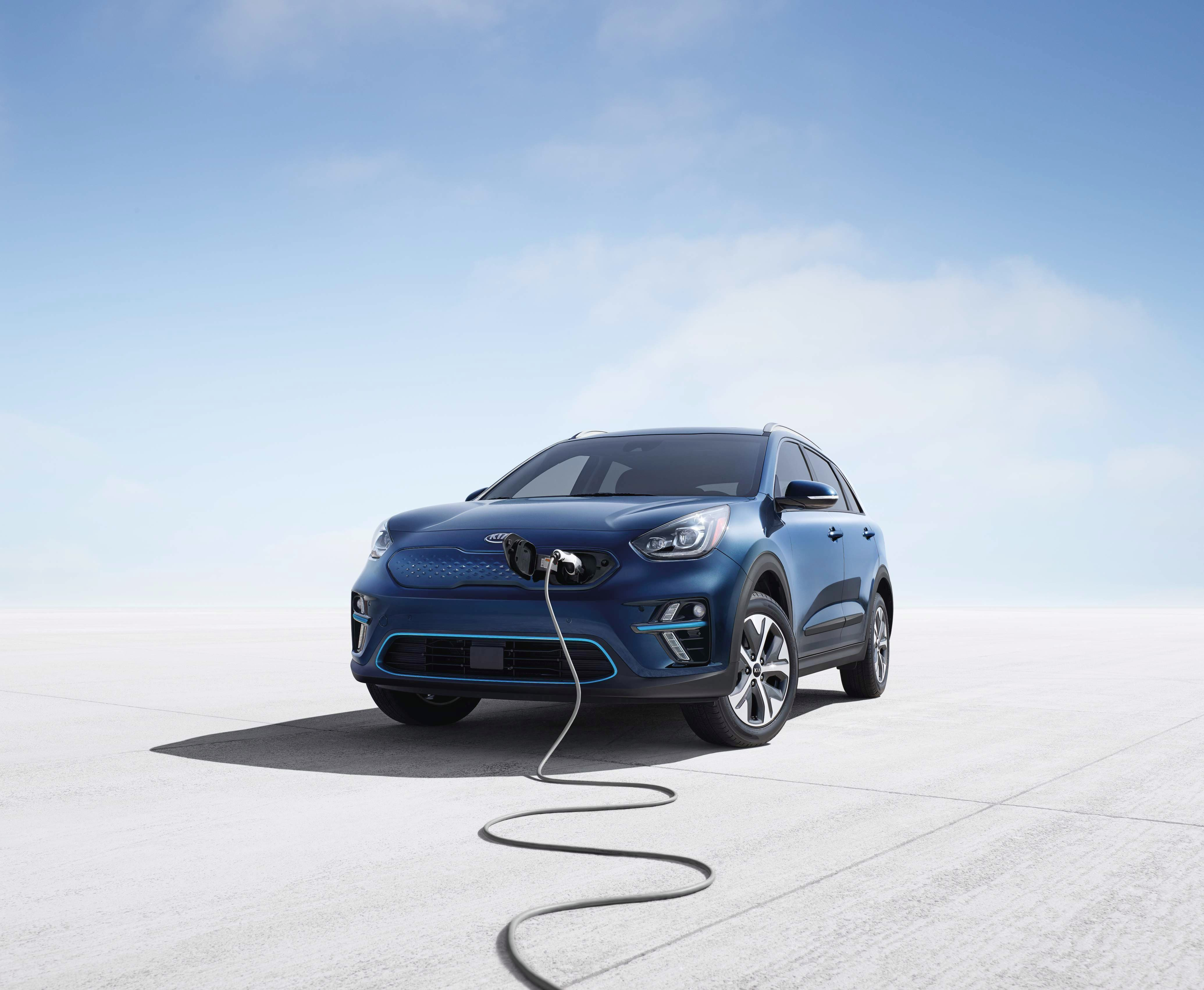 The Niro Ev Will Come With A 64 Kwh Lithium Polymer Battery And An Epa Range Rated At 239 Miles Below Are Rest Of Basic Specifications