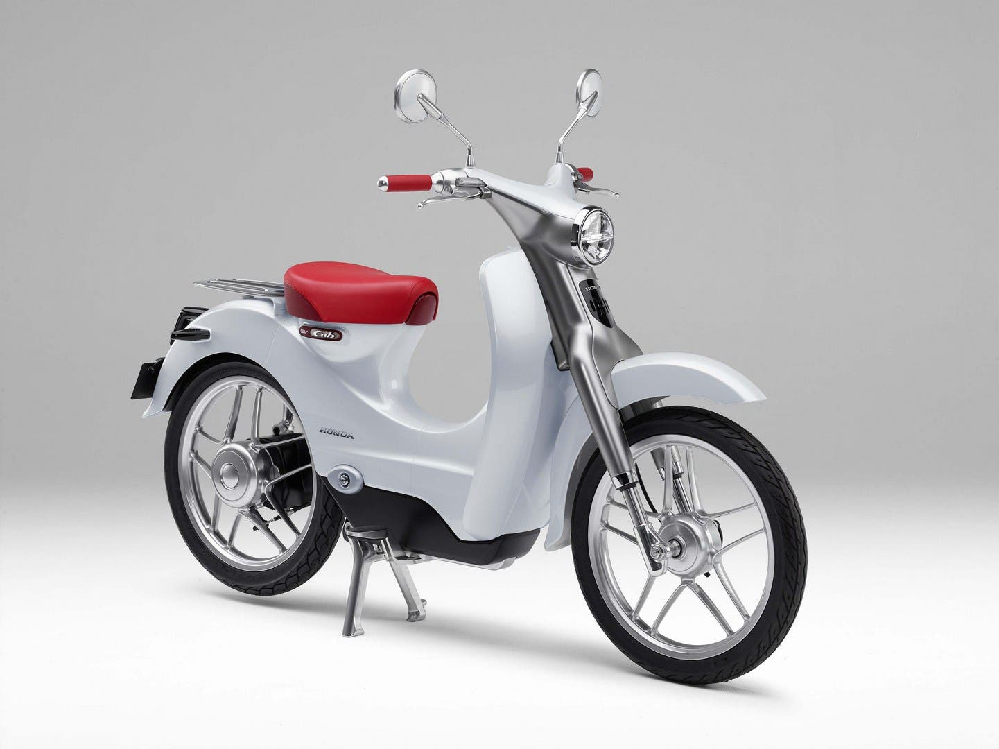 While Yamaha Purrs Ahead With Electric Bikes Honda Suzuki Kawasaki Lag