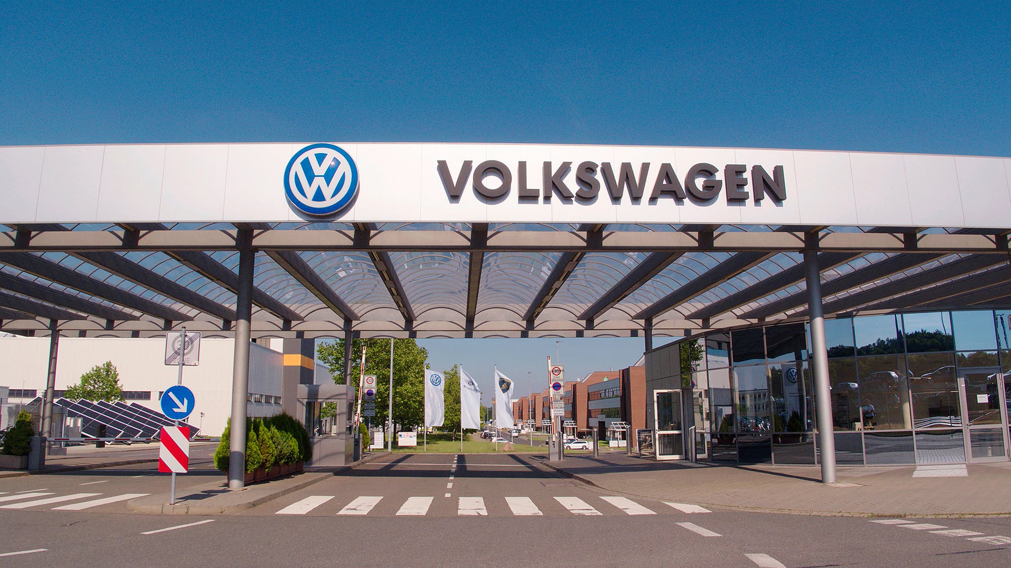 cleantechnica.com - Kyle Field - Volkswagen Converting Zwickau Automotive Plant To Produce Electric Vehicles