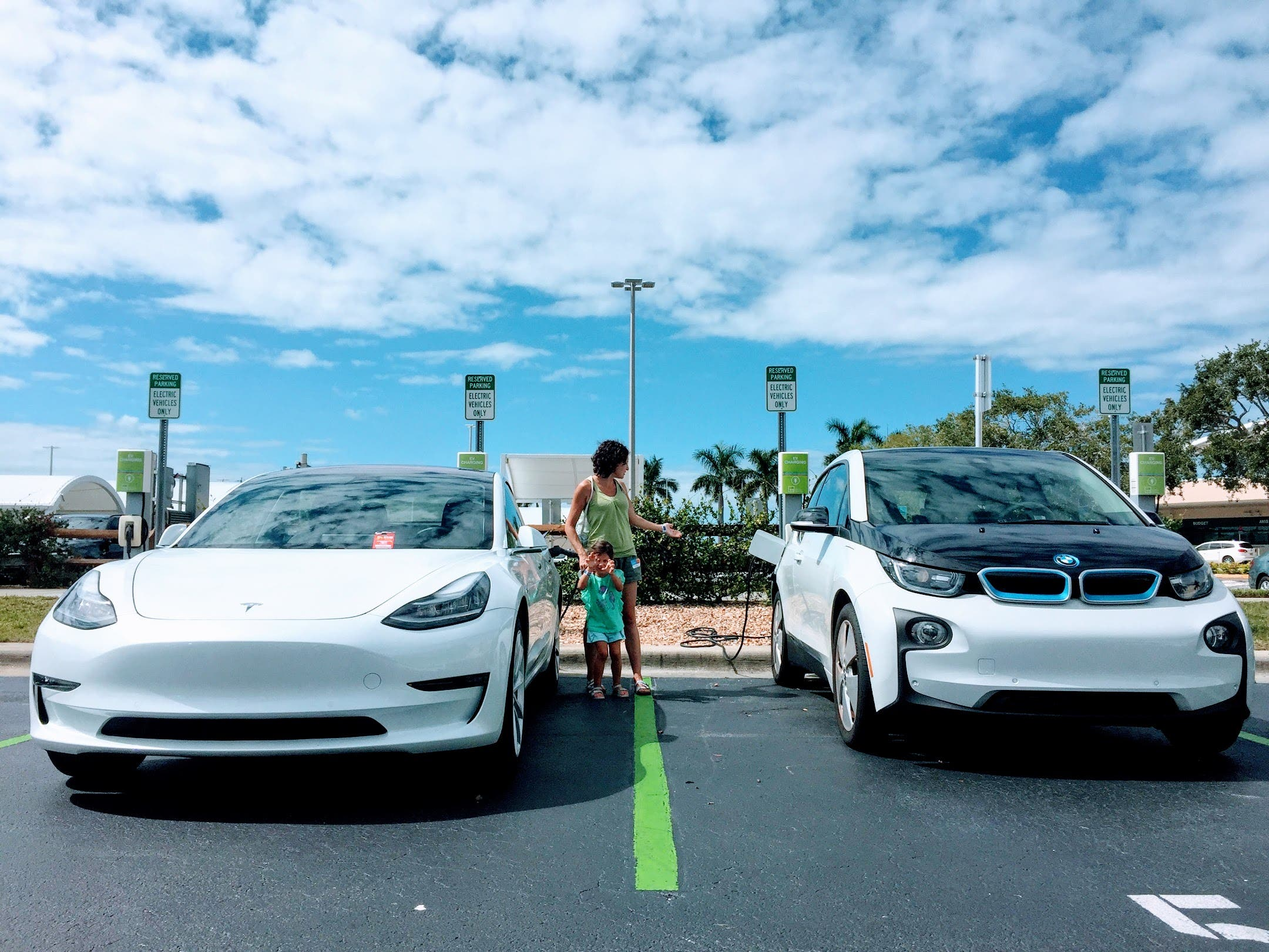 BMW Exec Not So Electric … Tesla Supercharger Network Explosion — #CleanTechnica Top 20