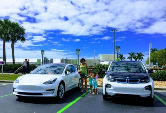 BMW i3 to Tesla Model 3 — Girls' Perspective | CleanTechnica