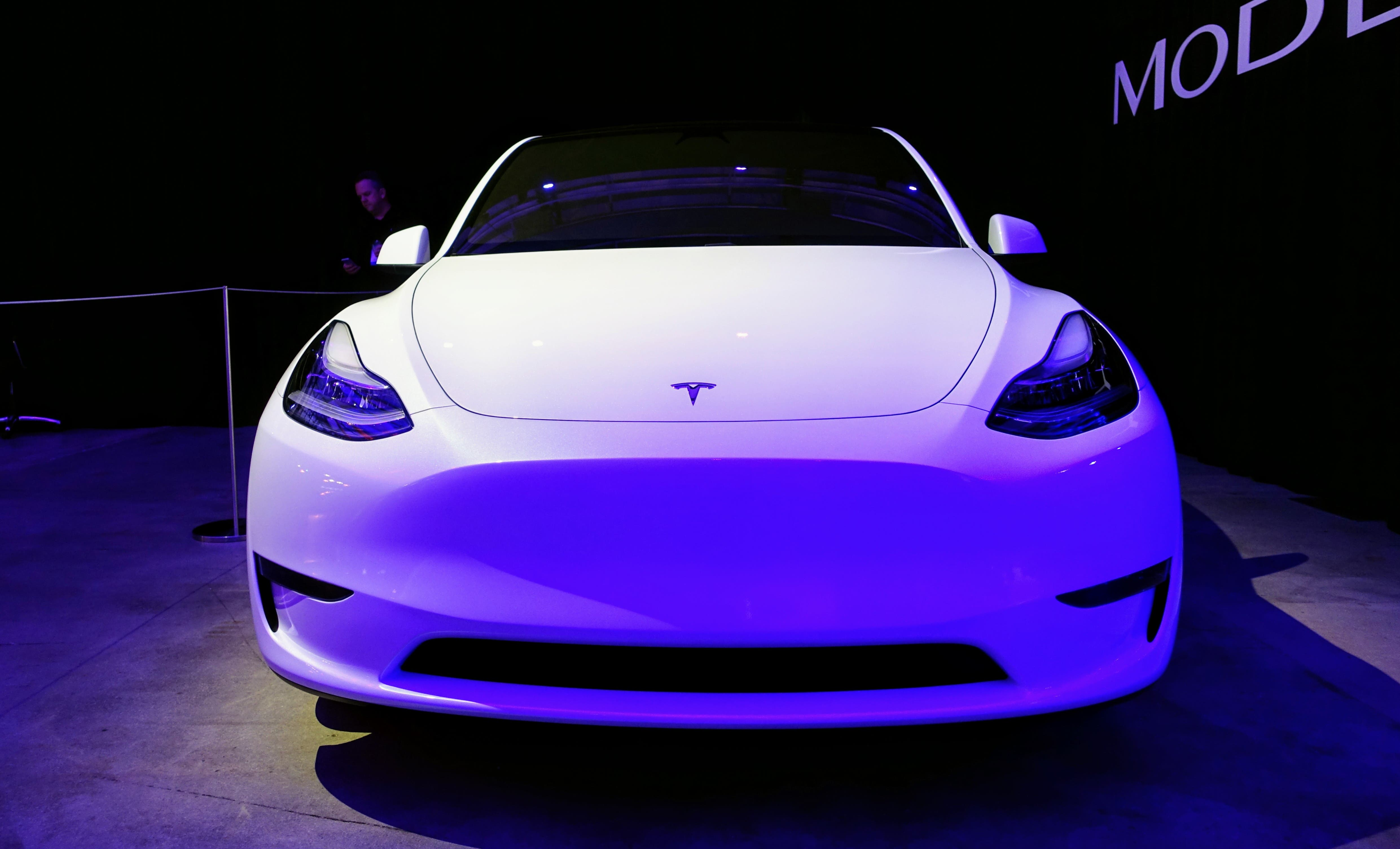 Deutsche Bank Claims Tesla Model Y Deliveries To Start In 1st Quarter Of 2020 (Echoing CleanTechnica's Oct. 15 Report)