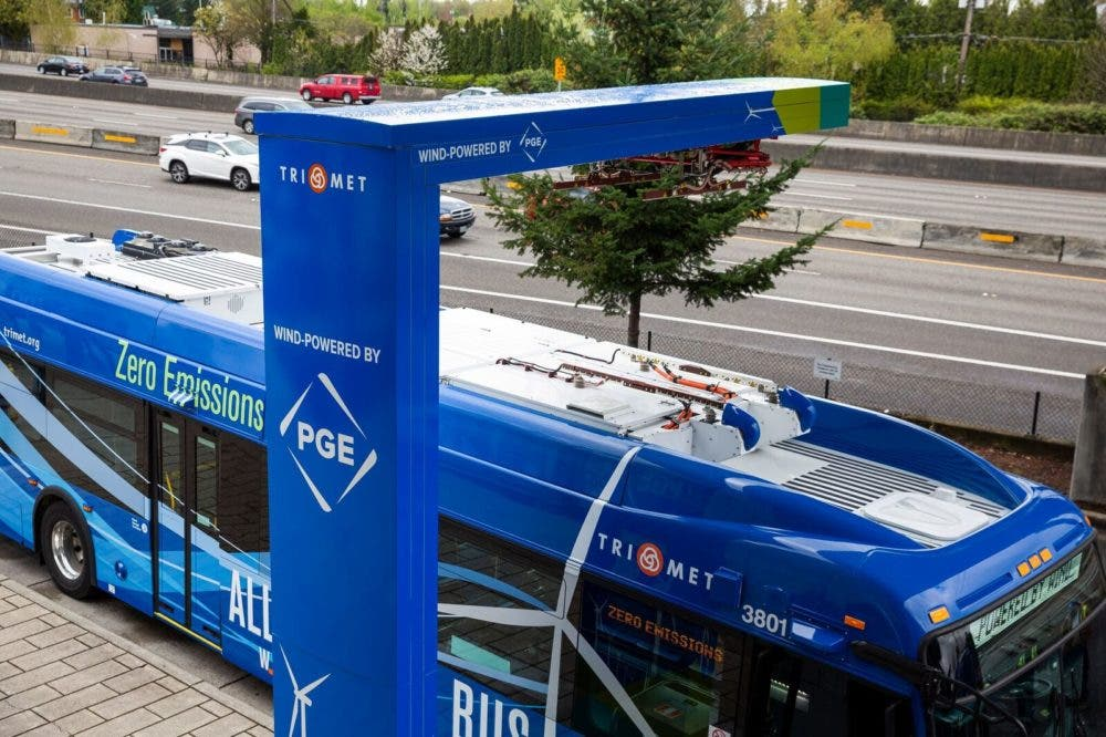 Oregon's TriMet Welcomes Its 1st Xcelsior CHARGE Electric Bus, Which Will Run On Clean Renewable Energy