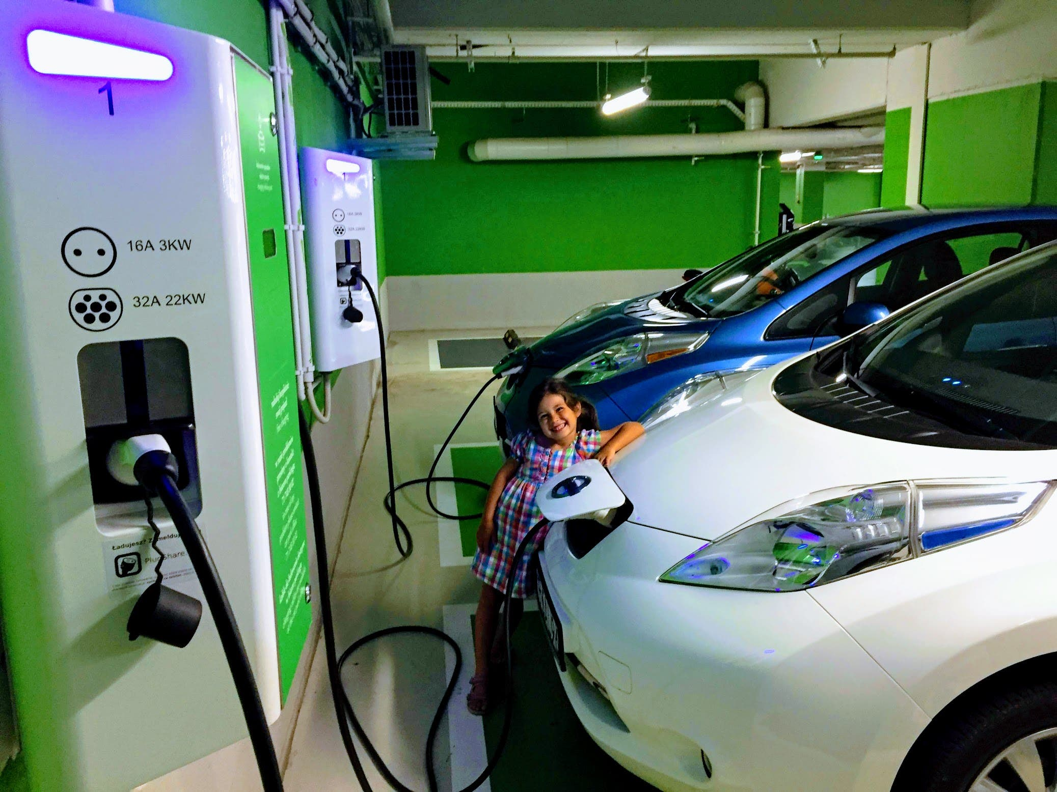 Nissan LEAFs Girl Kid EV Charging Station Wroclaw Poland Zach Shahan CleanTechnica 4 - From Range Anxiety To Gas Station Anxiety?