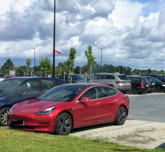 Tesla Gon' Get You, Sucka! Tesla Model 3 Recording Leads Police To ID A Suspect