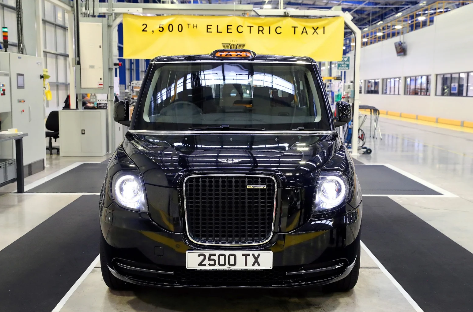 LEVC Says Electric Taxis Have Saved £3 5 Million In Fuel