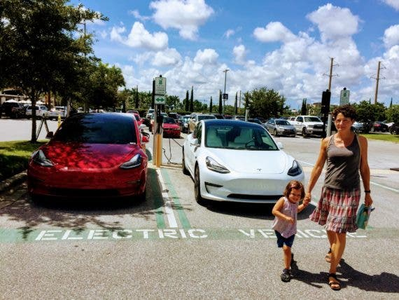 10 Worst Things About Owning A Tesla Model 3